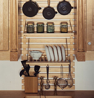 Maple rack above a Belfast sink