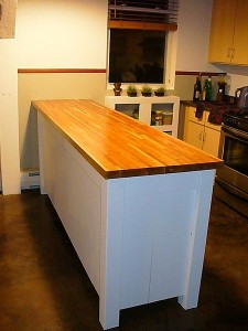 450px-Butcher_block_counter_top