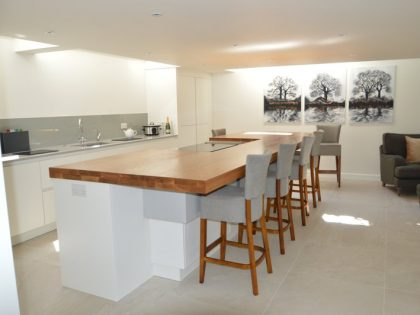 80mm Thick Oak Island Worktop